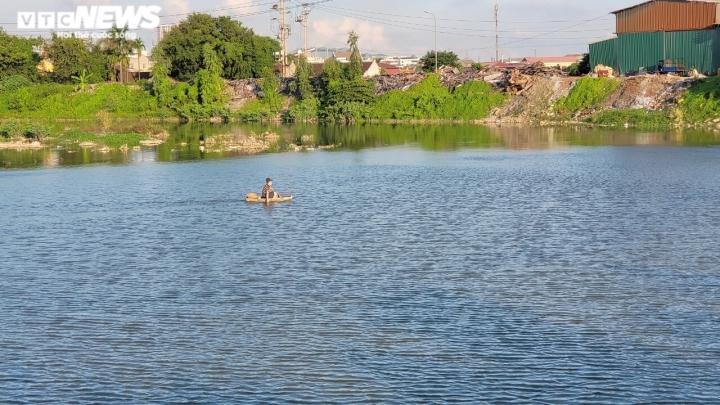 Dòng sông 'chết' ở Bắc Ninh hồi sinh sau 20 năm chìm trong khói bụi, nước thải  - 1