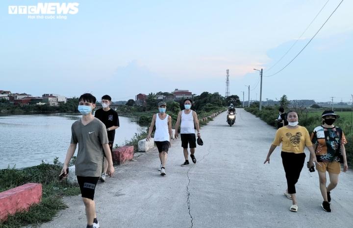 Dòng sông 'chết' ở Bắc Ninh hồi sinh sau 20 năm chìm trong khói bụi, nước thải  - 3