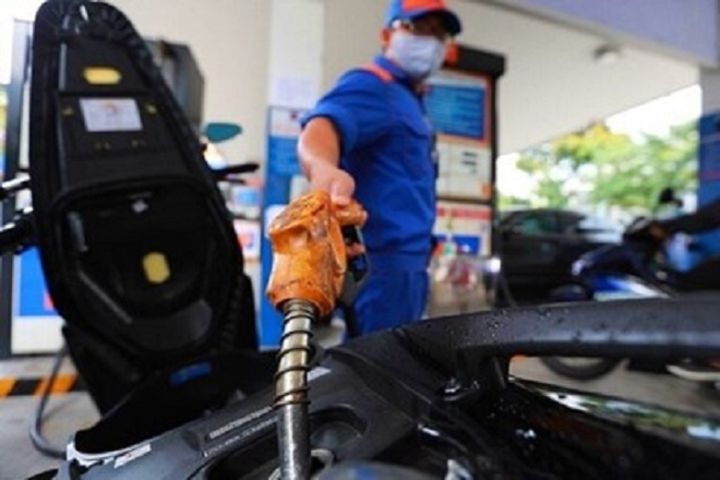 Giá xăng, dầu tăng lần thứ hai liên tiếp - 1