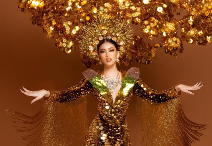 Ngắm 9 bộ trang phục dân tộc được mỹ nhân Việt mang đến Miss Grand International