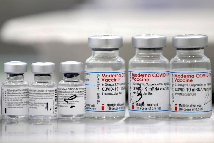 Moderna chạy theo lợi nhuận, làm ngơ trước đề nghị mua vaccine của nước nghèo? - 1