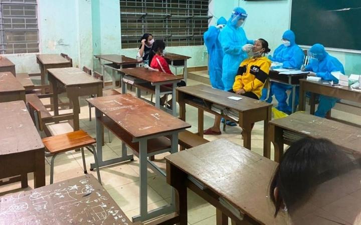17 học sinh và 1 giáo viên ở Quảng Nam dương tính nCoV - 1