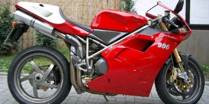 5 chiếc mô tô thể thao siêu hiếm - 2