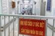 Bệnh nhân 91 phi công người Anh giảm dần ECMO, tập thở bằng phổi