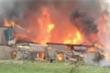 Cả chục xưởng gỗ ở Thạch Thất, Hà Nội cháy ngùn ngụt