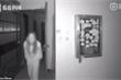 Cố tình nhổ nước bọt vào tay nắm cửa nhà hàng xóm, người phụ nữ ở Vũ Hán gây phẫn nộ