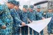 Trực thăng chở 1 tấn hàng cứu trợ tới các xã bị cô lập ở Phước Sơn, Quảng Nam