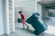 Trả tiền để con làm việc nhà, lợi hay hại?