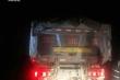 Phản ánh dàn xe 'khủng long' chở cát từ Quảng Trị, nhà báo bị đe dọa tính mạng