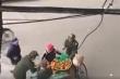 Clip người bán hàng rong bị tịch thu từng quả cam xôn xao dân mạng: Trưởng công an phường lên tiếng