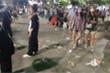 TP.HCM: Phố đi bộ Nguyễn Huệ ngập trong rác sau màn pháo hoa chào năm mới 2021