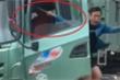Bị kiểm tra quá tải, tài xế rút tuýp sắt đe dọa cán bộ thanh tra giao thông