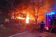 Cháy lớn ở Khu công nghiệp Cát Lái:  Hàng trăm m2 kho chứa hàng bị cháy rụi
