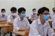 Không nên bắt học sinh đeo khẩu trang ngồi học, có thể bật điều hoà trong lớp