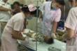 Bắt giữ người mẹ nhẫn tâm cắt bộ phận sinh dục con trai 17 tháng tuổi