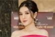 Á hậu Huyền My khoe vai trần gợi cảm, làm giám khảo cùng Hoa hậu Hoàn vũ Pia Wurtzbach