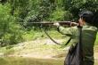 Cùng đi săn, con trai bị bố bắn nhầm