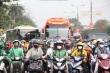 Người dân ùn ùn trở về sau kỳ nghỉ lễ, cửa ngõ Hà Nội, TP.HCM kẹt cứng