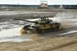 Đội tăng Việt Nam thi đấu chặng đầu tiên Tank Biathlon tại Army Games 2020