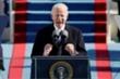 Tổng thống Biden đảo ngược hàng loạt chính sách của Trump, ưu tiên ngăn COVID-19