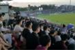 Hàng vạn khán giả tràn lên khán đài, 'vỡ sân' trận Hà Tĩnh vs Hà Nội FC