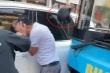 Điều tra vụ tài xế ô tô bị hành hung sau va chạm với xe máy