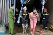 Cảnh sát cứu 4 người mắc kẹt trong đám cháy nhà nghỉ ở Hà Nội