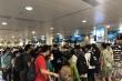 Ảnh: Sân bay Tân Sơn Nhất đông nghẹt người trước ngày nghỉ lễ 30/4
