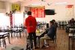 Video: Nhà hàng 'đìu hiu' vắng khách, chuyển bán online vì Covid-19