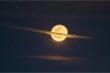 Mặt Trăng 'biến hình' thành sao Thổ