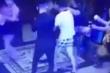 Xôn xao clip nghi nhóm thanh niên sàm sỡ không được, đánh 2 cô gái ở TP.HCM
