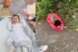 Bé trai còn nguyên dây rốn bị bỏ rơi, 40 gia đình đến xin làm con nuôi