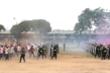 Ảnh: Cảnh sát cơ động diễn tập giải tán đám đông biểu tình gây rối cuộc bầu cử