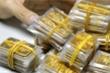 Giá vàng hôm nay 18/12: Tăng không ngừng, tiến sát ngưỡng 1.900 USD/ounce
