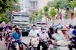Xe quá tải ngang nhiên chạy qua cổng trường học: Công an Hà Nội phản hồi