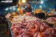 Giá lợn hơi giảm mạnh, vì sao thịt ở chợ giảm nhỏ giọt?