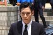 Sau tuyên bố không tái xuất ở Hàn Quốc, T.O.P (Big Bang) có động thái lạ