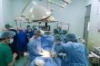 Kịp thời cứu sống bé sơ sinh có khối u khổng lồ trên mặt