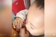 Video em bé ăn vụng nhanh như chớp