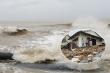 Ảnh: Sóng đánh tan hoang bờ biển Hội An, nhiều nhà dân, nhà hàng đổ sập