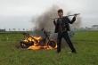 Công an vào cuộc xác minh clip 'Khá Bảnh' đốt xe máy 70 triệu đồng
