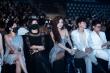 Hoa hậu Di Khả Hân gợi cảm trên thảm đỏ 'Tuần lễ thời trang quốc tế Việt Nam'