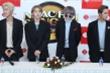 Nhóm nhạc Hàn Quốc WINNER muốn đi chợ đêm, thử ăn bánh tráng trộn và bún đậu mắm tôm