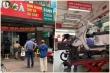 Khách Hà Nội xếp hàng chờ sửa xe, mua phở trong ngày đầu hàng quán mở cửa lại