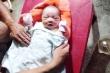 Bé trai sơ sinh bị bỏ rơi trong thùng giấy bên đường