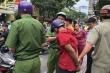 Cướp giật bị bắt, thanh niên khóc lóc xin tha vì vợ mới sinh 3 tháng