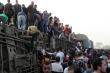 Tai nạn đường ray thảm khốc ở Ai Cập: 11 người chết, 98 người bị thương