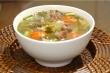 Món ngon mỗi ngày: Canh dưa chua thịt bò nóng hổi, thơm ngon
