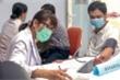 Ai cần đo huyết áp trước tiêm vaccine COVID-19?