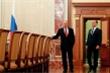 Thủ tướng Medvedev và toàn bộ Chính phủ Nga từ chức